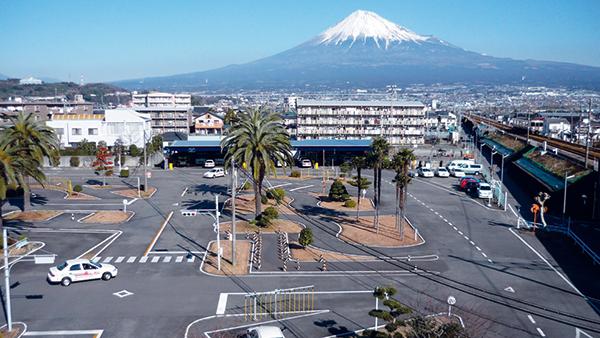 富士 自動車 学校